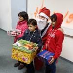 Glückliche Kinder mit Ihrer Happy Box