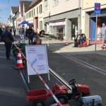 Optik 104 bot mit den Kleinfahrzeugen ein süßes Rahmenprogramm
