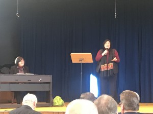 Geburtstagsständchen für Marianne Seitz von Dr. Eva und Amei Oettinger